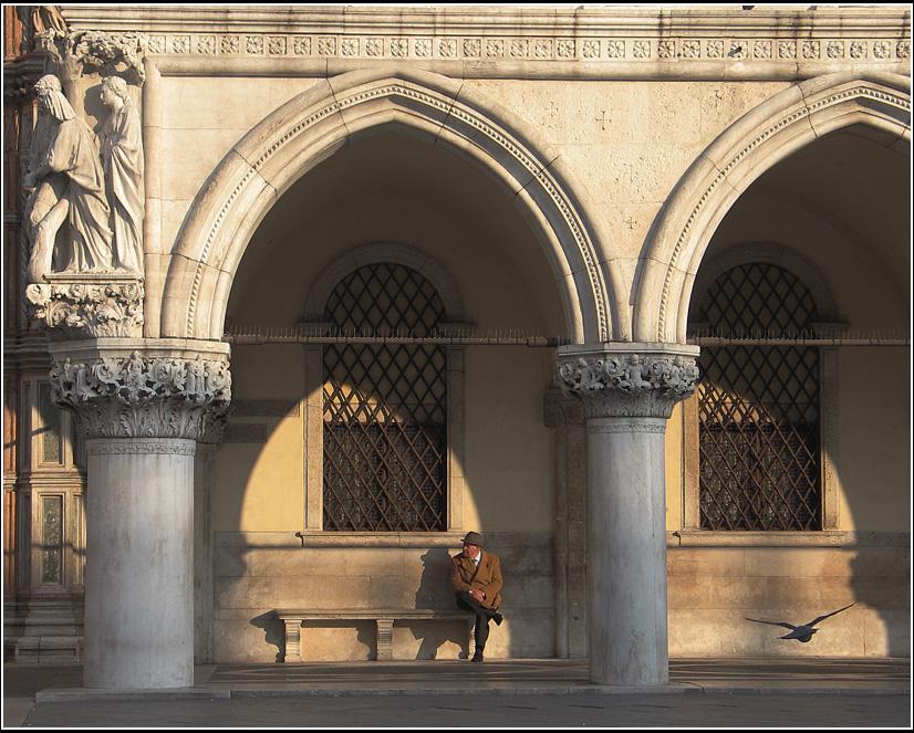 gente di Venezia VII (Pause)