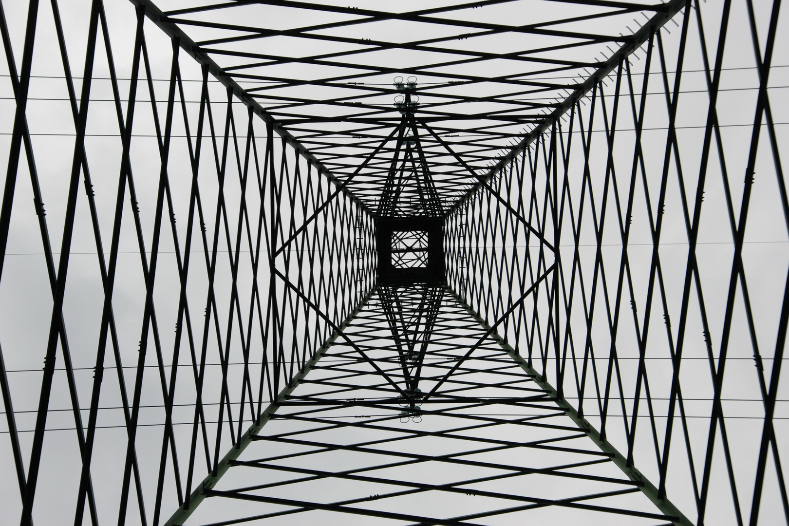 Geometrie Elettriche Foto % Immagini| architetture, architetture moderne,  soggetti Foto su fotocommunity
