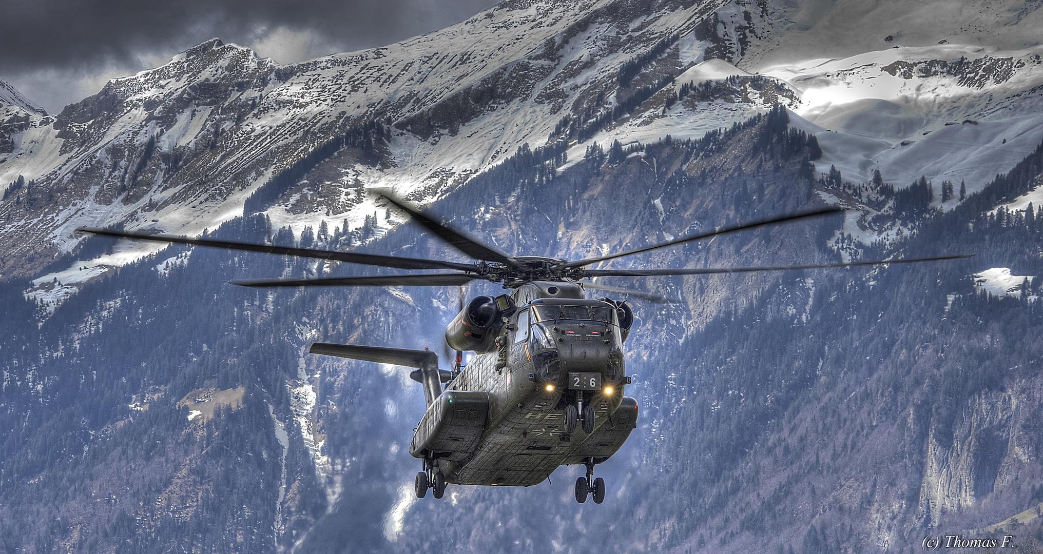 German Air Force CH53 im Landeanflug auf Meiringen (Schweiz)