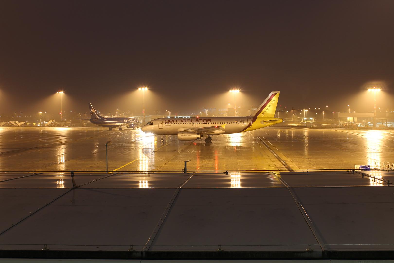 German Wings Airbus A319 Nachtflug nach Split