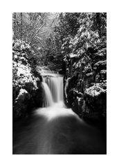 Geroldsauer Winterwasserfall