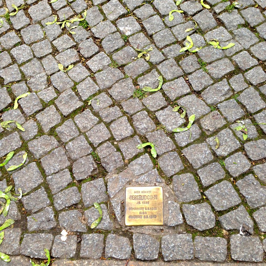 Gertrud Cohn, Sonntagstraße 32
