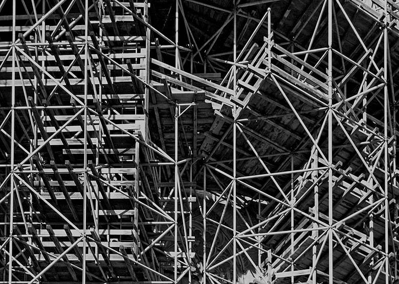 Gerüst-Wirrwarr Foto & Bild   industrie und technik, handwerk ...