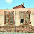 Geschlossene Fensterläden...