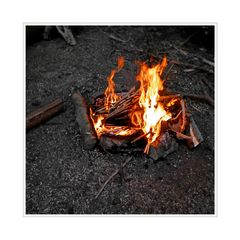 geselligen Feuer