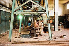 Gesenkschmieden bei Hilbro Instruments, Sialkot, Pakistan