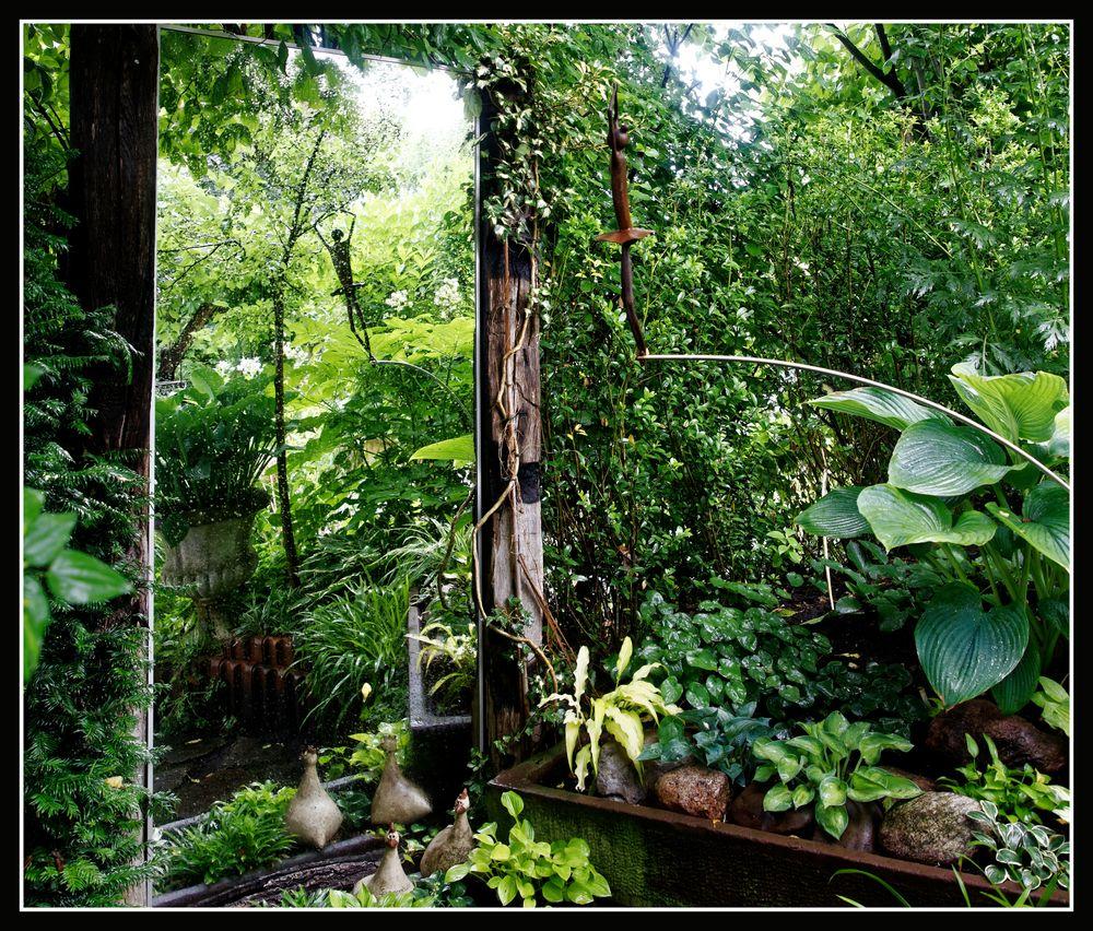 gespiegelte Gartenwelt