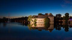 Gespiegeltes Wasserschloss