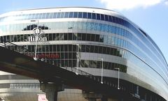 Gestrandeter Wal ( Hilton Airport Ffm )