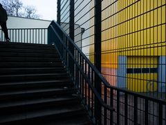 Gewerbe, Putlitzbrücke. Berlin April 2013