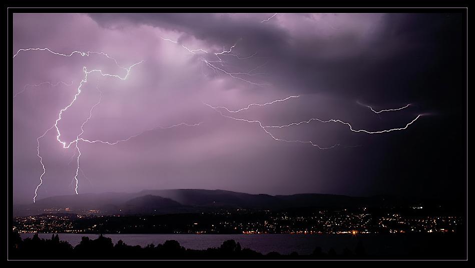 Gewitter über dem Zürichsee