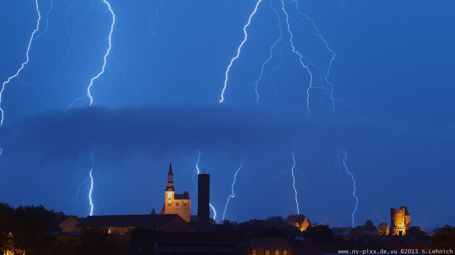 Gewitter über Tangermünde