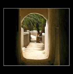 GHADAMES: un ingresso dei giardini che circondano la città vecchia.