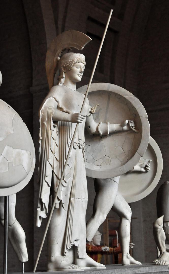 Giebelfiguren des Aphai-Tempels in Ägina (Glyptothek München)