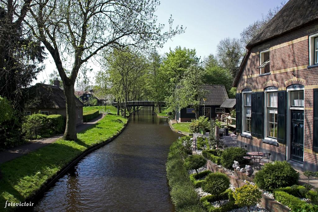 Giethoorn www,fotovictoir.nl