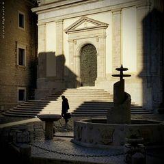 Gioco d'ombre in Largo Duomo (Galaxy S5)