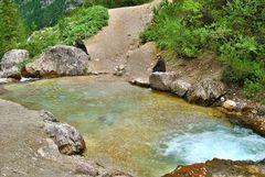 """Gioielli alpini: """"Appuntamento al lago"""""""