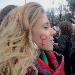 Giovane Femminista al corteo del 25 novembre 2017