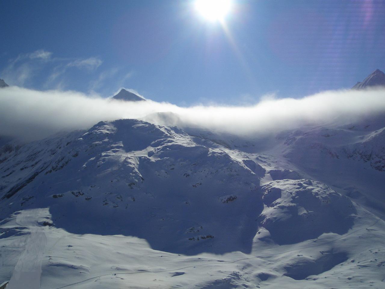Gipfel im Nebel