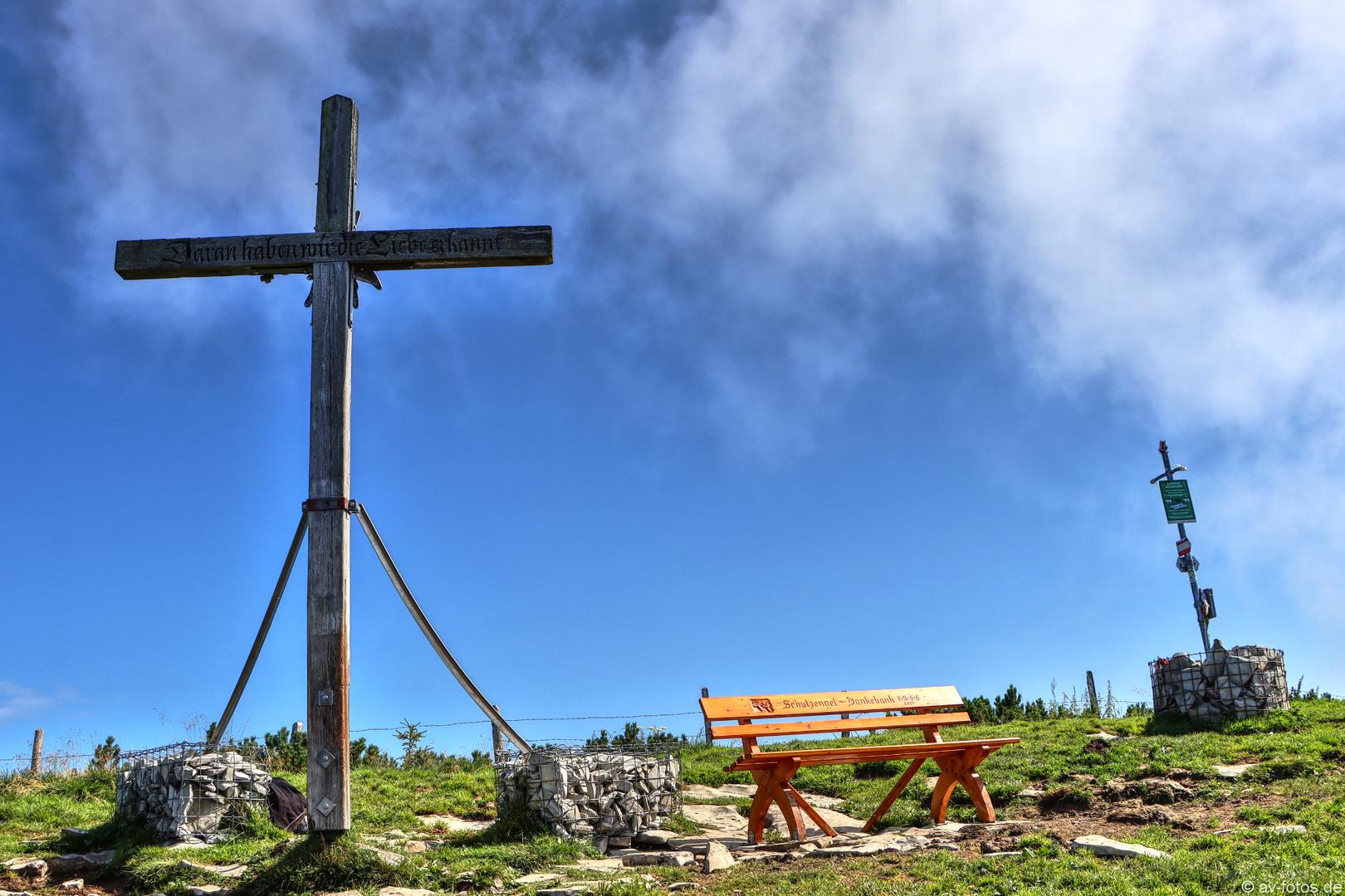 Gipfelkreuz am Schlenken 08/2020