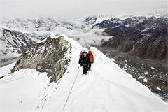 Gipfelsturm am Island Peak, 6189m