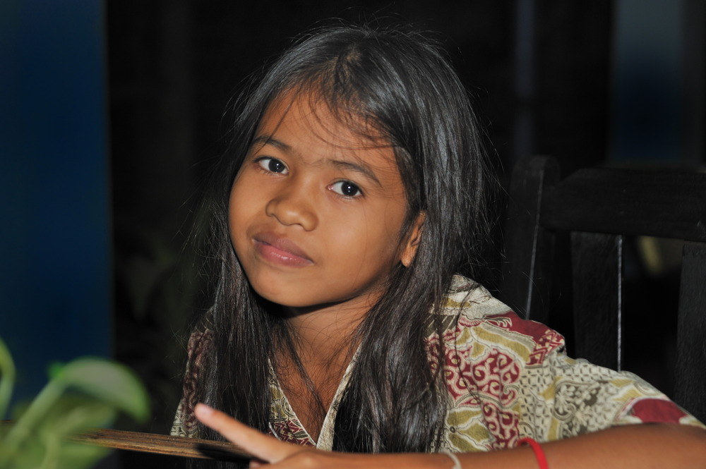 Girl from Koh Dach 04b