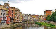 Girona - Bunte Häuser