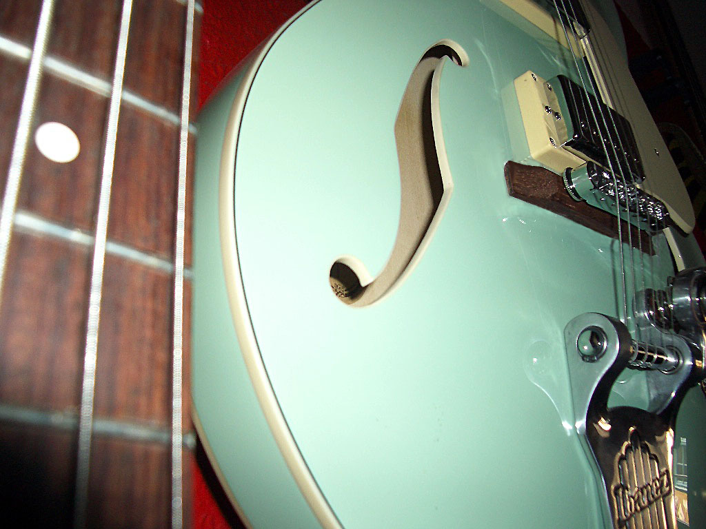 Gitarre und Bass