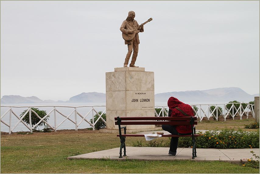 Gitarrist Lennon Denkmal ... Musik in Peru-1980K