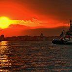 Giudecca -  alba sulla città lagunare -