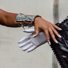 Give a hand,take a hand.......