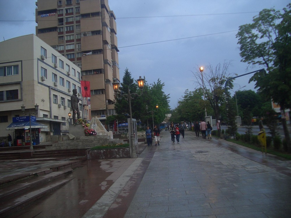 Gjilan nach dem Regen
