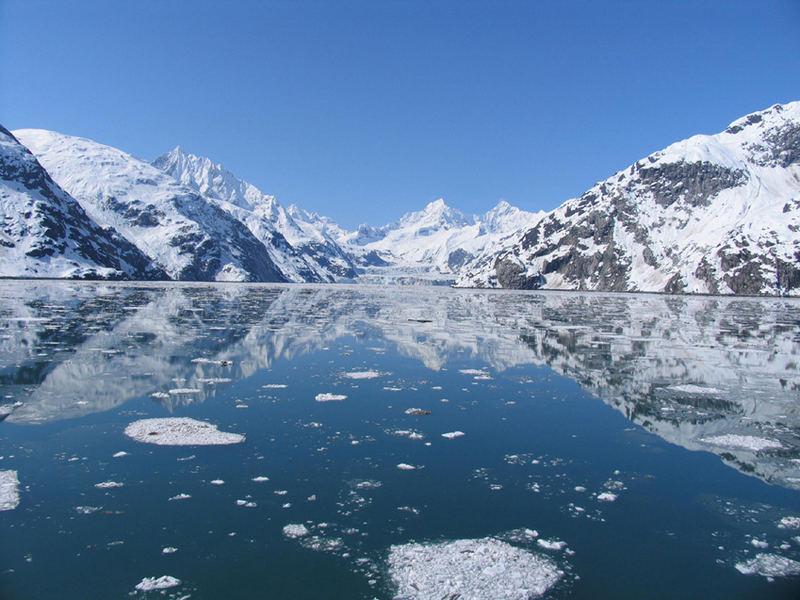 Glacier Bay , Alaska