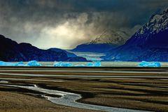 ... Glacier Grey ...