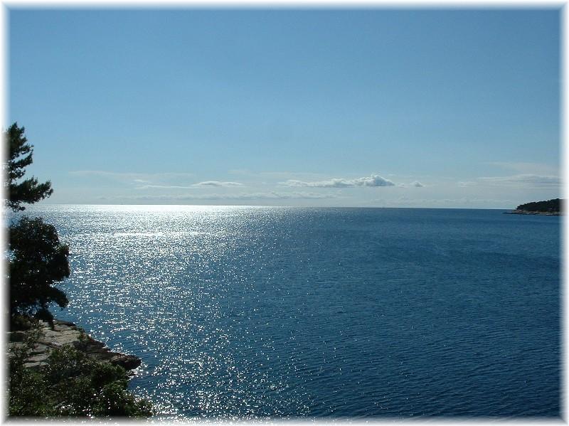 Glänzendes Meer