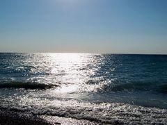 glänzendes Mittelmeer