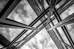 Glas, Aluminium und Stahl...