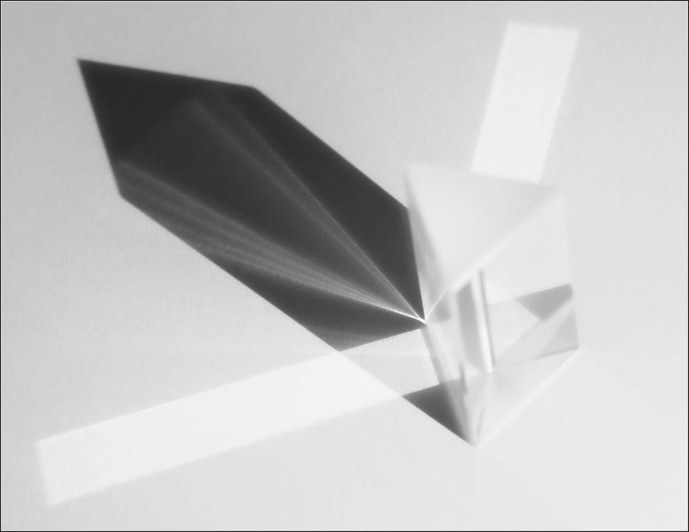 Glas  *  Licht  *  Schatten