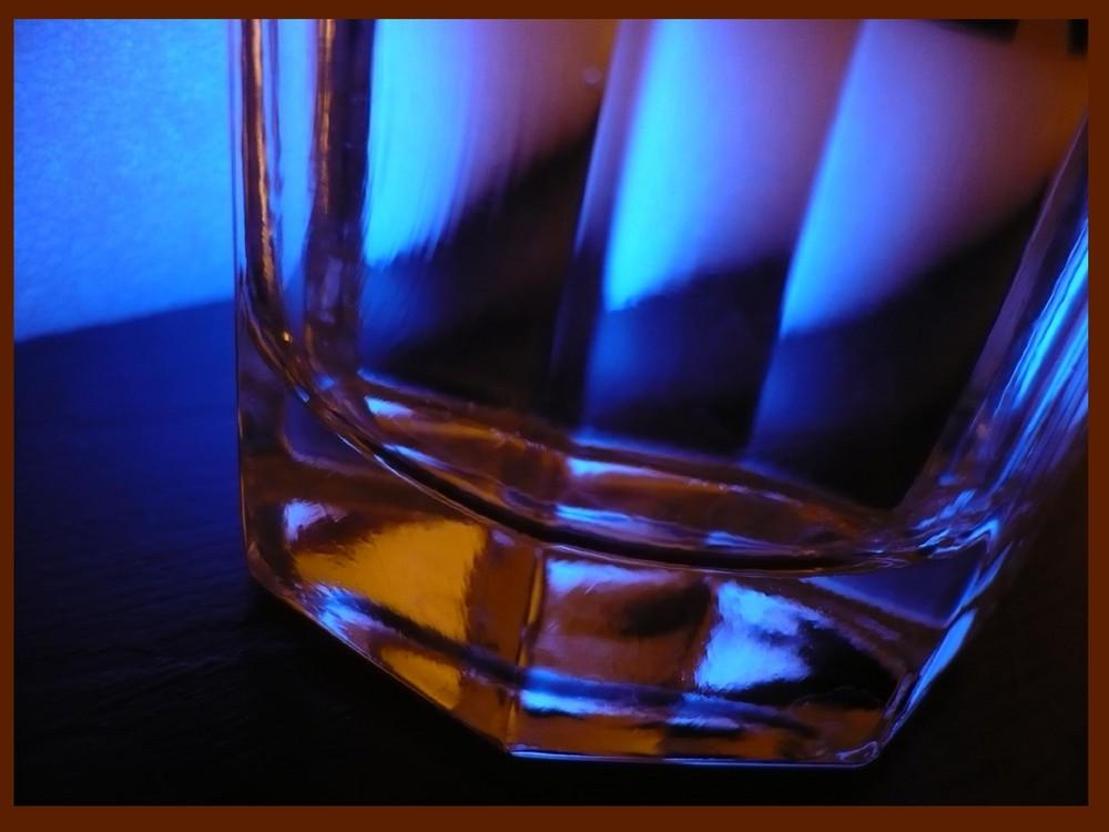 Glas - unbearbeitet-
