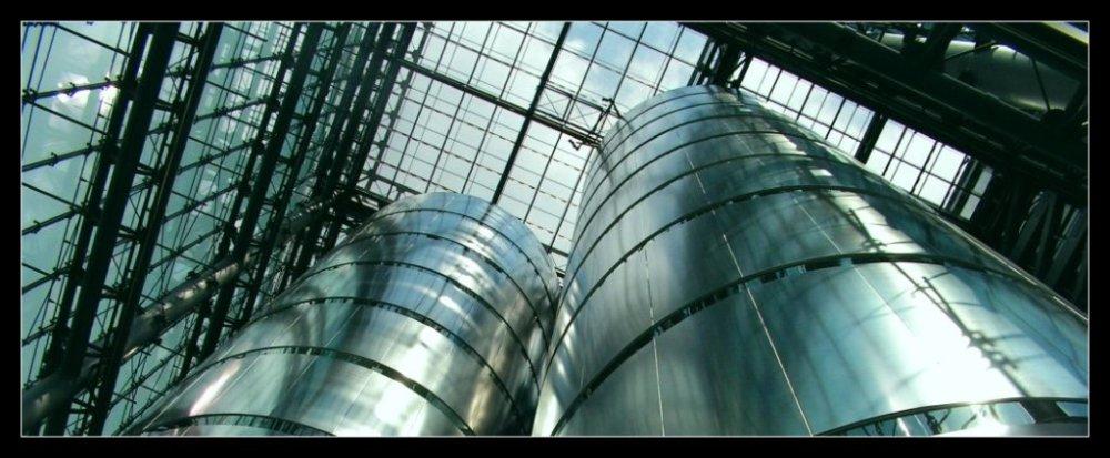 Glas und Stahl