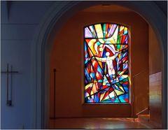 ... Glasfenster ...