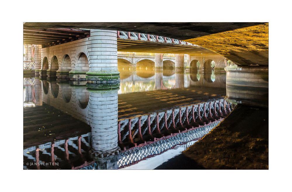 [glasgow - sunrise under the bridge]