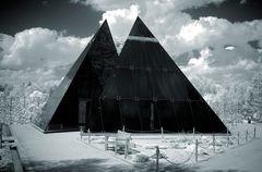 Glaspyramiden