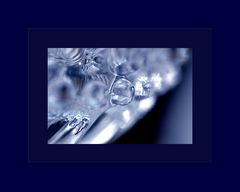 GLASSBOWL_IN_BLUE