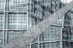 """Glasspiegelung """"cube berlin"""""""