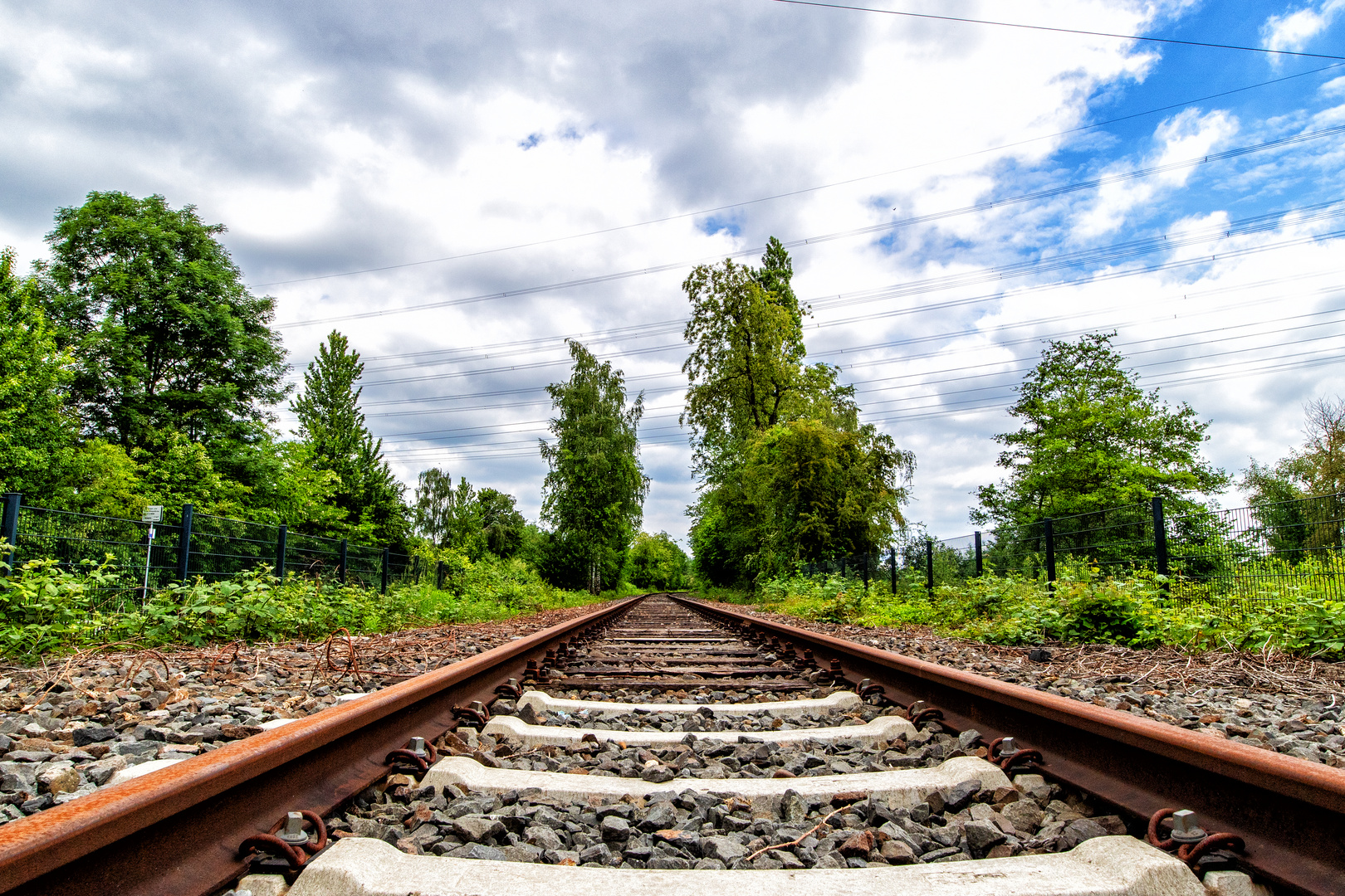 Gleisanlage an der Fahrradtrasse Mülheim an der Ruhr nach Essen