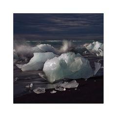 gletschereis am nordmeerstrand