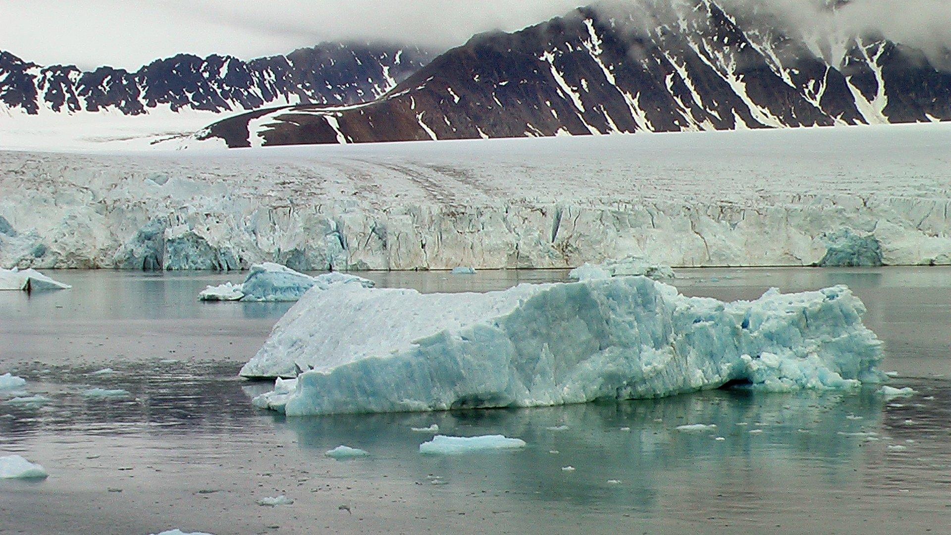 Gletscherwelt auf Spitzbergen