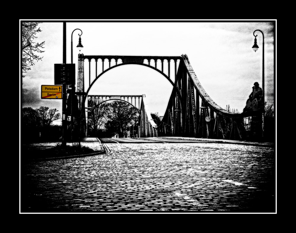 Glienicker Brücke (reloadet)...