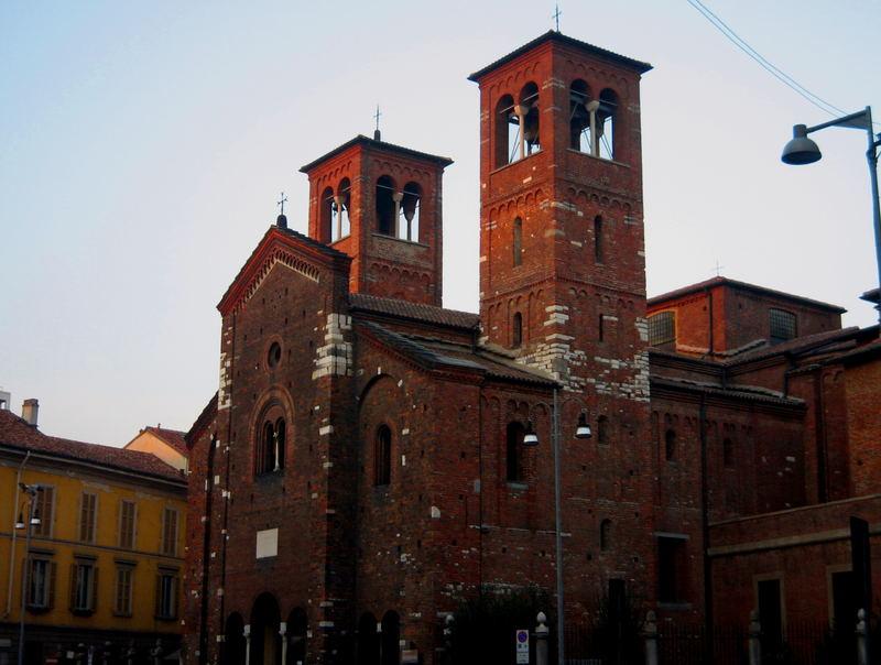 Église du Saint-Sépulcre au coucher du soleil